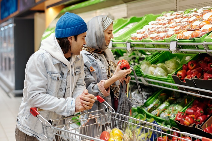 7 Easy Tips to Save On Groceries